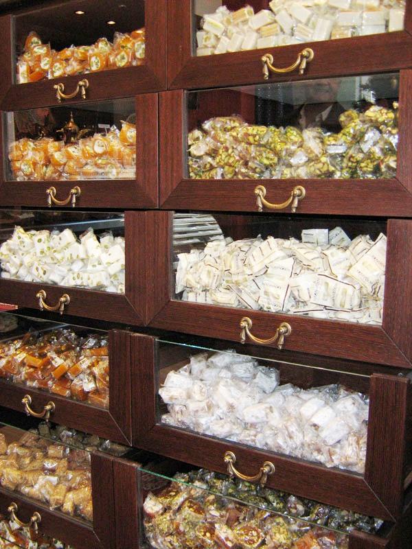 Ανακαίνιση Διακόσμηση Αρτοποιείων Ζαχαροπλαστείων